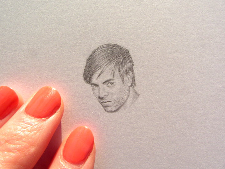 miniature pencil sketch of enrique iglesias